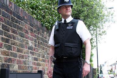metropolitan-police-safer-neighbourhood-teams-default-385x257