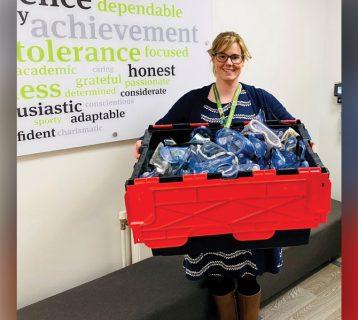 LE-goggles-donation