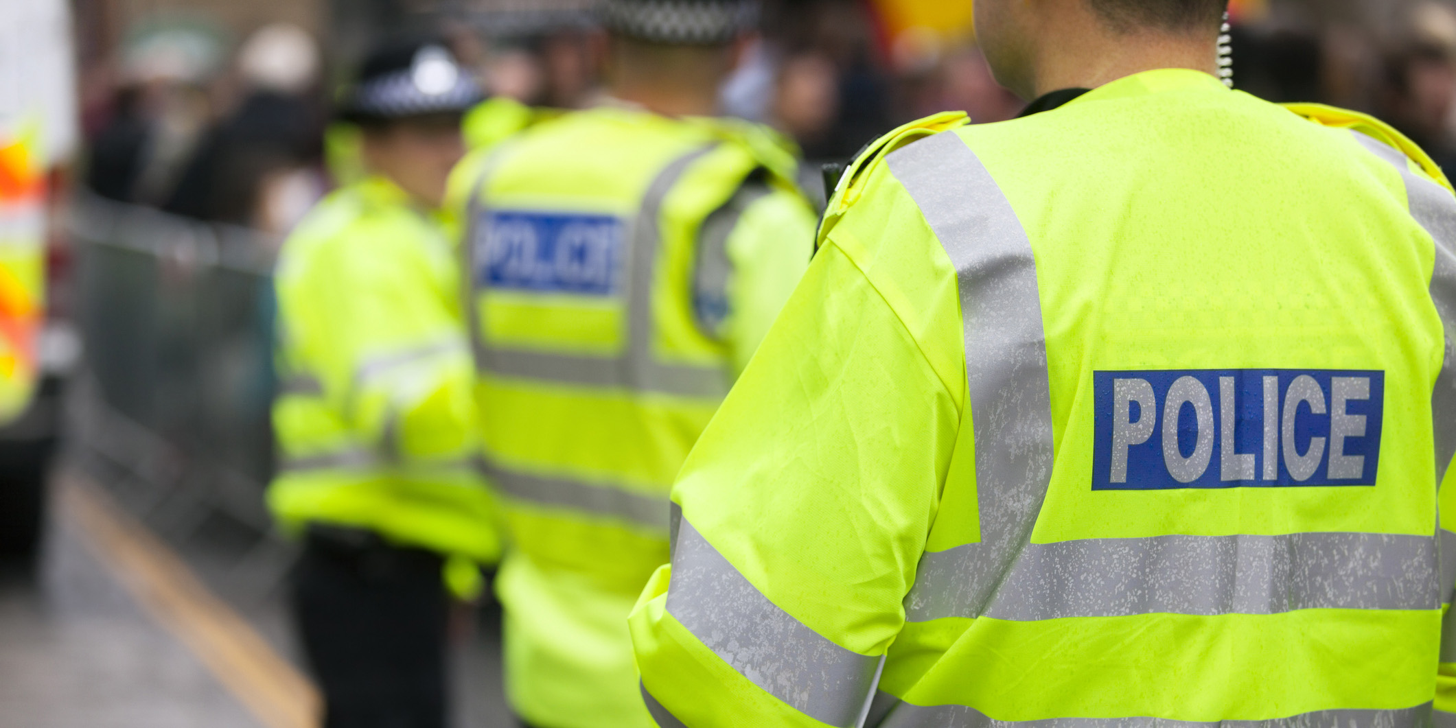 police-in-high-vis